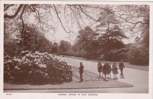 Spring in Kew Gardens, Flowers, London, England, United Kingdom, 40's-60's