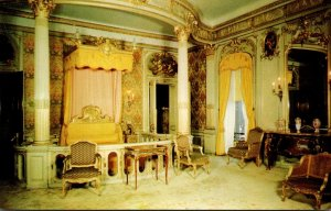 New York Hyde Park Mrs Frederic W Vanderbilt's Bedroom Vanderbilt Mansio...