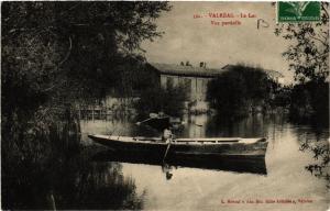 CPA   Valréas  - Le Lac  - Vue partielle  (511733)