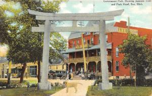 Soo Michigan~Government Park~Dog @ Japanese Torri~Park Hotel~Info on Back~c1910
