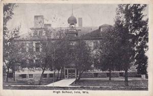 High School , IOLA , Wisconsin , 00-10s