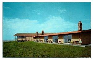 1950s/60s Gearhart Surfside Motel, Gearhart, OR Postcard *6L(2)17