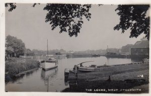 RP: WEST STOCKWITH , England , 1930s ; The Locks