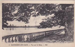 CAUDEBEC-EN-CAUX, Vue sur la Seine, Seine Maritime, France, 10-20s