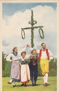 Sweden Midsummer Dancing