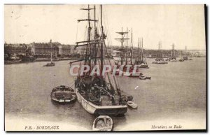 Bordeaux - cod fishermen in the harbor - Old Postcard