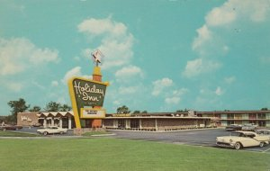GARY, Indiana , 50-60s; Holiday Inn, U.S. Highways 12 & 20