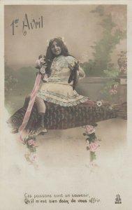 RP: Female Portrait , 00-10s ; #1-5 ; 1er Avril