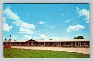 Mesick MI-Michigan, Village Motel, Chrome Postcard