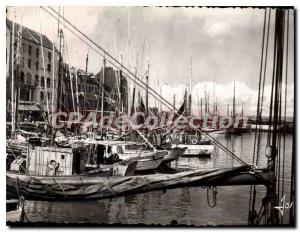 Old Postcard Brittany Finistere Douarnenez fishing boats in the harbor