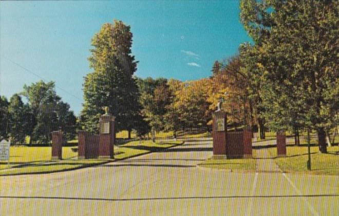Canada MacLaren Memorial Gates Entrance To University Of New Brunswick Freder...