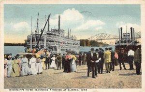 LPS85 CLINTON Iowa Mississippi River Excursion Steamer Postcard