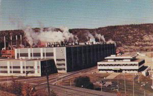 La Compagnie de Papier , Q.N.S. Ltee , Baie-Comeau , Quebec , Canada , 1986