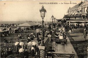 CPA TROUVILLE-sur-MER - La Terrasse du Casino (276379)