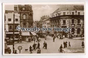 tp8963 - Baxter Gate Corner , Doncaster , Yorkshire - postcard