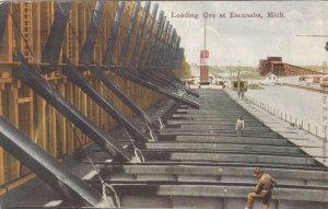 ESCANABA , Michigan, 1911 ; Loading Ore