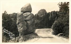 Black Hills South Dakota~Needles Highway Close Up~Bell Photo~1940s RPPC