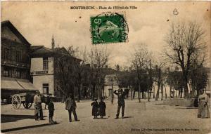 CPA   Montbrison - Place de l'Hotel-de-Ville  (581071)