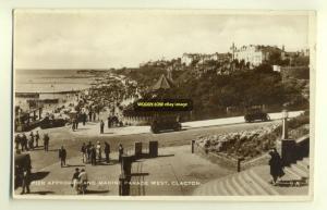tp2724 - Pier approach & Marine Parade , Clacton-on-Sea , Essex - postcard