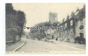 h1568 - Isle of Wight - Early Carisbrooke Village & Church - Postcard - Tucks