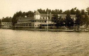 NH - Lake Spofford. Pine Grove Springs Hotel  *RPPC