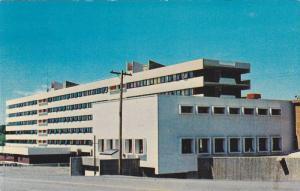 Riviere-Du-Loup , Quebec , Canada , 50-60s ; La Maison des Etudiants , Foyer ...