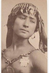 TUNIS , Jeune Femme arabe ,Native woman (Tunisia) , 00-10s