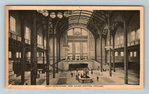 Chicago IL-Illinois, Train Concourse at Union Station, Vintage Postcard