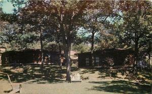Williams Bay Wisconsin~College Camp~Lounge in the Shade~Lakefront Cottages~1960