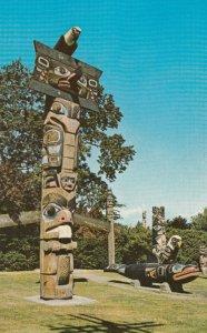 VICTORIA , British Columbia, Canada, 50-60s; Thunderbird Park Totem