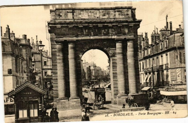 CPA BORDEAUX-Porte Bourgogne (27676)