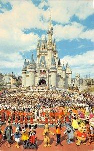 Welcome to Walt Disney World Cinderella Castle Disneyland, CA, USA Disney 1983
