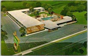 Lumberton, North Carolina Postcard HOLIDAY INN MOTEL North No. 2 Roadside
