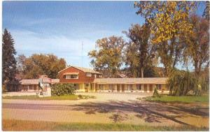 Holiday Motel Hwys 18, 60 & 35 Prairie du Chien Wisconsin WI