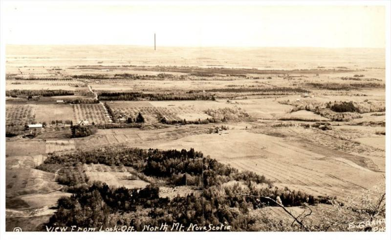 20332    Aerial View of  Annapolis Valley   Nova Scotia   from North Mtn.  RPC