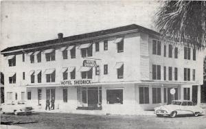 E18/ St Petersburg Florida Fl Postcard c1940s Hotel Shedrick Shuffleboard Autos