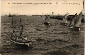 CPA  Cherbourg - Les canots rejoignant l'escadre en rade  (632603)