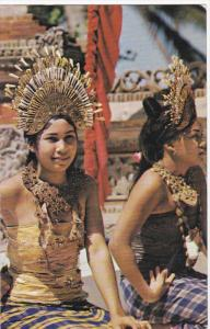 Dancing girls , Hotel Bali Beach , SANUR , Bali , Indonesia , 50-60s