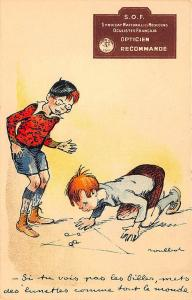 Boys Playing Marbles Opticien recommandé Advertising Signed Postcard