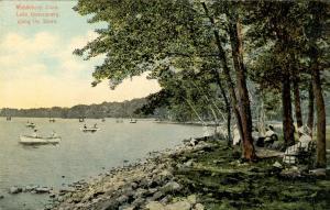CT - Middlebury. Lake Quassapaug along the Shore