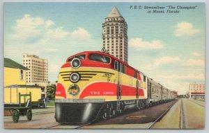TRAIN RR Florida East Coast FEC Streamline THE CHAMPION in Miami 1940 Postcard E
