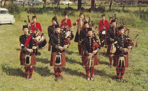 A Canadian Girls´ Pipe Band, The Highland Games, Maxville, Near Cornwall, On...