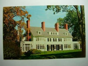 pre1980 FOUR CHIMNEY'S LUNCHEON RESTAURANT Old Bennington VT Mint Postcard y7840