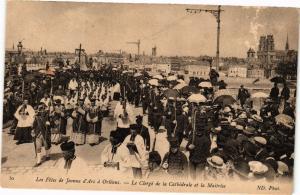 CPA Les Fetes de Jeanne d'Arc a ORLÉANS-Le Clerge de la Cathédrale (266102)