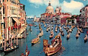 Italy, Venezia, Grand Canal and Regatta, gondolas, boats
