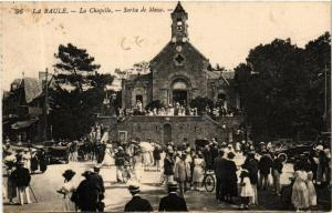 CPA La Baule La Chapelle - Sortie de Messe (610673)