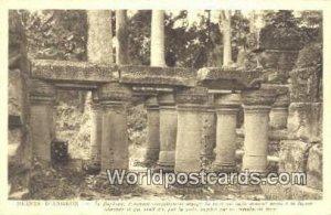 Le Bahuon, Fragment completement degage du pont qui jadis donnail acces Ruine...