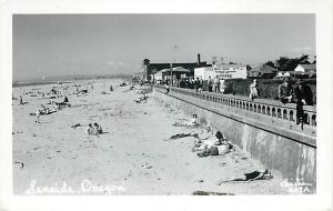 RPPC of the Ocean Beach Front Scene at Seaside Oregon OR