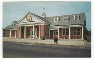 Sayville, L. I. , NY,  Vintage Postcard View of The Oysterman's Bank & Trust Co.