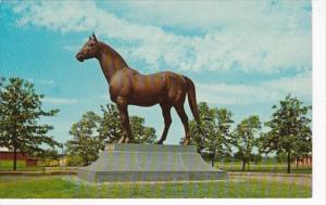 Kentucky Lexington Man O'War Statue Faraway Farm